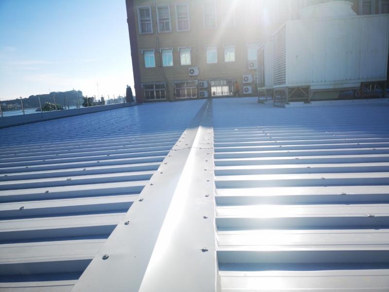 屋頂彩色鋼板